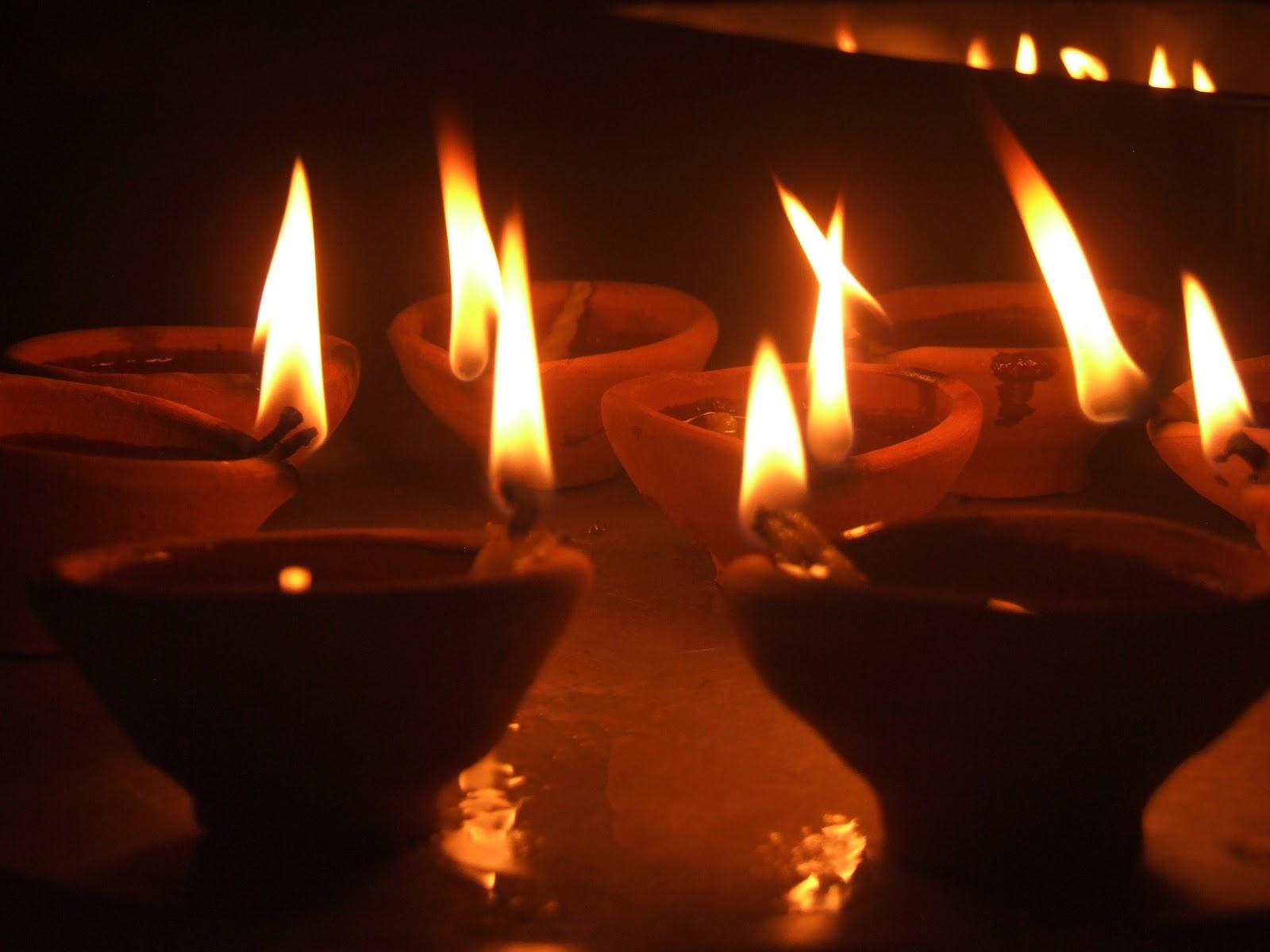 Karthigai Vilakkeedu: Devotional Lighting of Lamps of Purity on ...