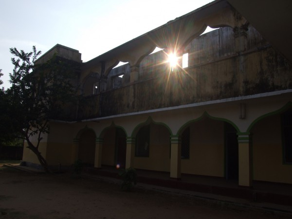 Rays of Sun spread through Osmaniya College in Jaffna-Feb 2011-picture by Dushiyanthini Kanagasabapathipillai