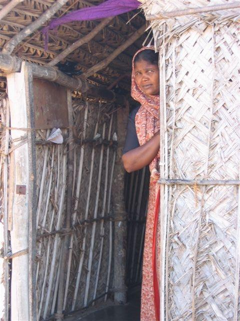 In Poovarasankulam welfare camp in Puttalam-July 2005-Picture by Dushiyanthini Kanagasabapathipillai