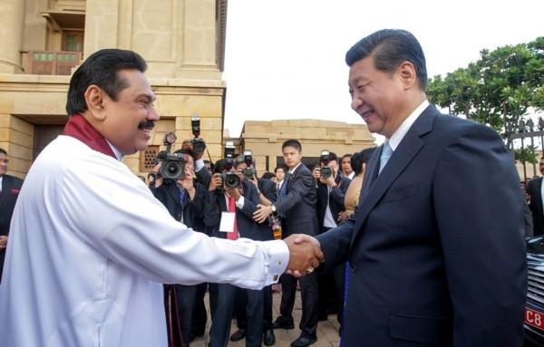 pic via: facebook.com/PresidentRajapaksa/