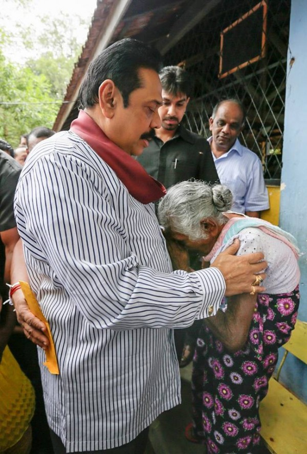 President Rajapaksa visiting the flood-affected areas in Anuradhapura