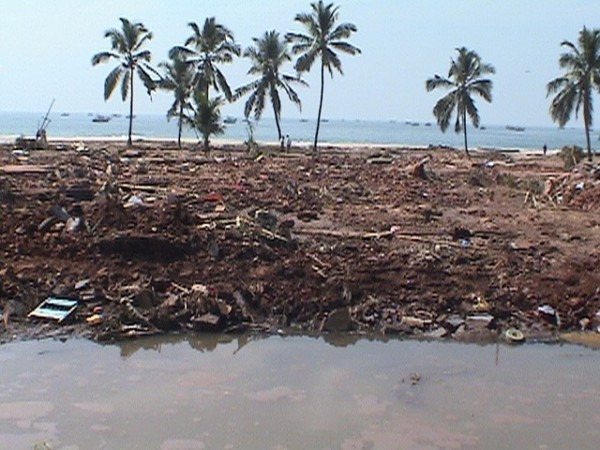 Colachel-In the aftermath of Tsunami-pic courtesy of: ywam-India