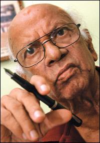 Siri Gunasinghe-(b: February 18, 1925 (age 90), Galle, Sri Lanka)