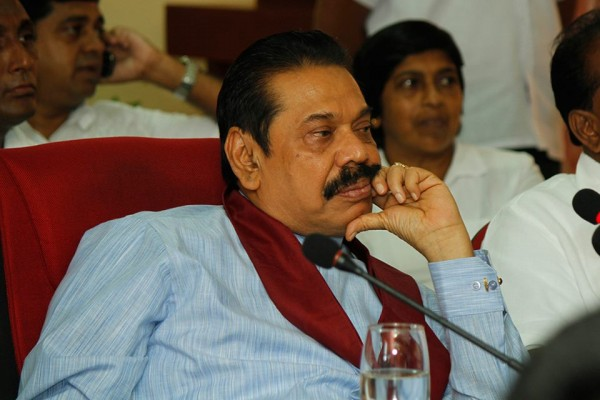 Former President Mahinda Rajapaksa reiterated that the present Government must realise that ensuring security of the nation is imperative for all communities to go on with their day-to-day lives. He made these comments during a discussion with Pradeshiya Sabha members from Trincomalee and Vavuniya who came to meet him in Colombo recently. They spoke of the difficulties that Sinhala, Tamil and Muslim communities in the regions are currently facing.-Pic via: facebook.com/PresidentRajapaksa