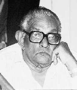 """""""Lion of Uduppiddy"""" M. Sivasithamparam"""