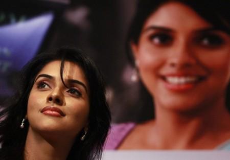 Does not Sri lanka actar new nedu photo share